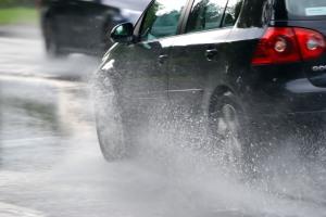 Encino-accident-in-rain1