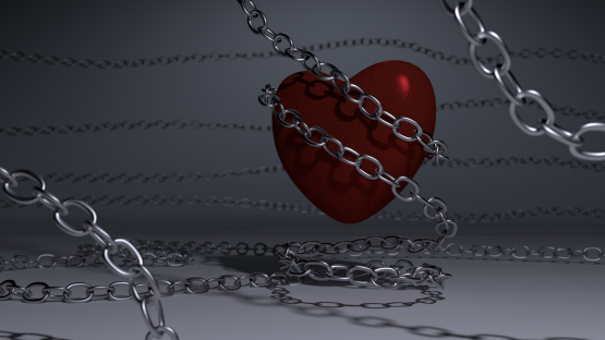 chained_heart_v2_by_aad345-d4uelf8